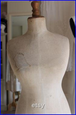 Antique 1920's female mannequin, flapper ladies dress form for dressmaking, old boyish figure tailors dummy, vintage display bust