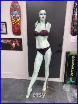 Complete Full Custom Kustom Lily Munster Mannequin Cool