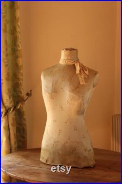 Galeries Lafayette Window display Mannequin , vintage tailors dummy, dress form, bust, mannequin de vitrine