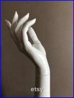 High quality mannequin display hand for jewelry, gloves, sunglasses, purses.