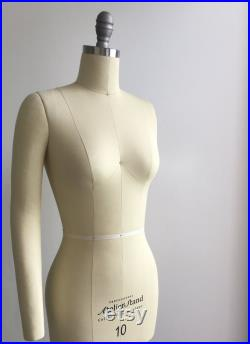 Size 8 Professional Tailors Female Dress Form with Collapsible Shoulder