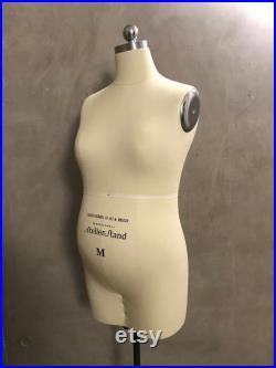 Size M Tailors Female Pregnant Dress Form