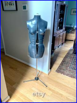 Vintage Adjustable Dress Form Portable Dress Form Vintage Dress Form Seamstress Gift Designer Gift Store Display Clothing Display