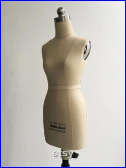 Women s 1 2 Half Scale of Size 10 Professional Female Body Form (floor to table top adjustable)